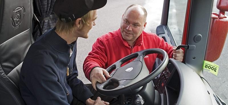 Jó hírt kaptak a külföldi kiküldetésben is dolgozó sofőrök