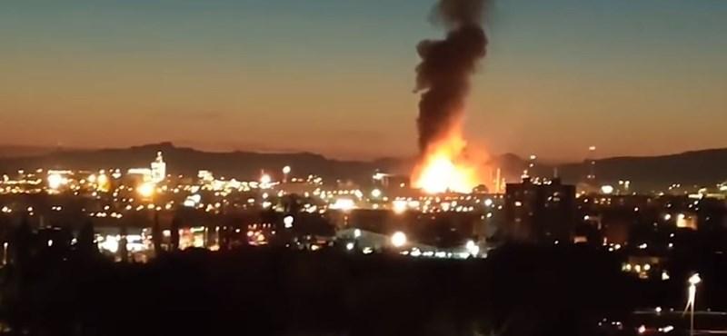 Egy halálos áldozata és legkevesebb négy sérültje van egy spanyol vegyi üzemben történt robbanásnak