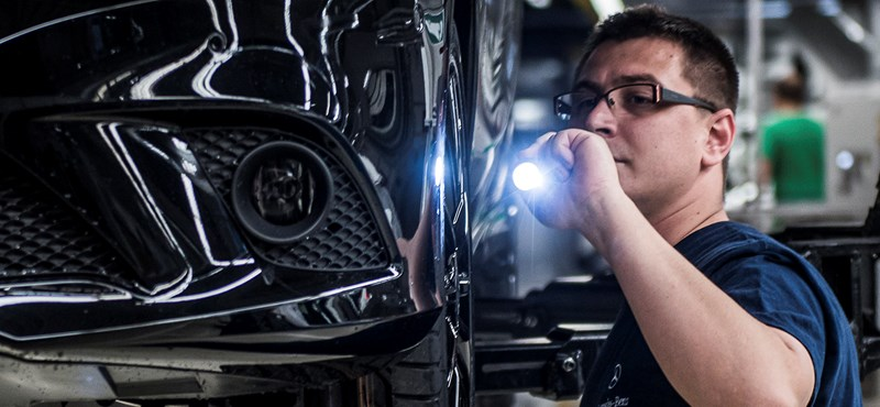 100 ezer munkahely szűnhet meg a német járműiparban