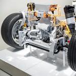 Nagy nap a mai az Audi számára: mától elektromotorokat is gyártanak Győrben