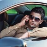 Mennyi a bírság, ha telefonálunk vezetés közben, és ha nem csatoljuk be az övet?