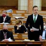Szijjártó szerint a többi néppárti képviselő példát vehetne Deutsch Tamásról