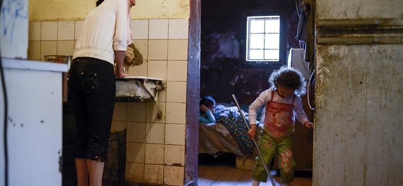 Félmillióan vécé nélkül – így működnek a magyar reformok