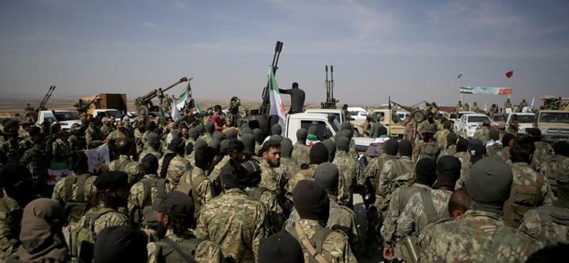 A szárazföldön is megindította a török hadsereg a támadást Szíriában