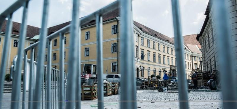 Már 20 milliárdnál jár Orbán és Lázár várbeli irodáinak kialakítása