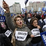 Tovább dagad az oktatási törvény miatt kirobbant botrány Romániában