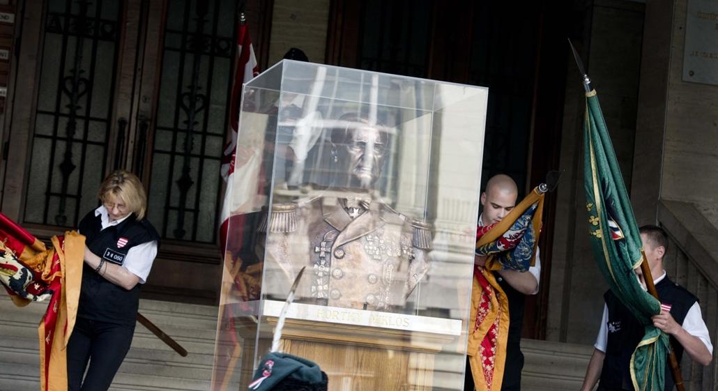 faz. 2014. május 1. Jobbik, Vona Gábor, Új Magyar Gárda - Horthy Miklós, Hazatérés Temploma