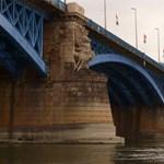 El tudja képzelni a Margit hidat kékben? Szavazzon a színekről!