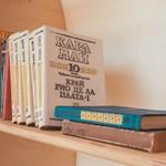 Zseniális utcai könyvtár: egy gyönyörű hely, ahol bárki olvashat