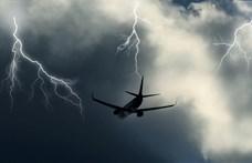 """""""Meg voltam győződve, hogy lezuhanunk"""" – brutális turbulenciába került egy repülőgép"""