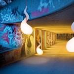 Alien lámpák