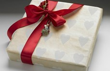 Nőnapra, pedagógusnapra inkább csak illemből ajándékozunk