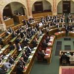 Pörög az ingatlanbiznisz a parlamentben