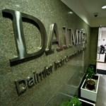 A Daimlert is elérte a dízelbotrány, 290 milliárd forintot fizethet