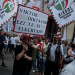 """""""Semmirekellő embernek tartom önt"""" - így tüntetett a Jobbik"""