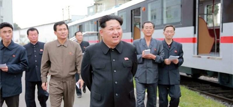Észak-Korea rövid hatótávolságú rakétákat lőtt ki