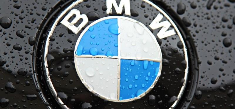 A BMW kitalált egy sisakot, és egy egészen különleges dolog inspirálta