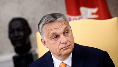 Ugyanaz az Orbán-interjú söpör végig a megyei lapokban és a Magyar Nemzetben