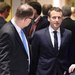 Macron Magyarországon szórakozik, amiért az ő konzultációja nekünk nem kell