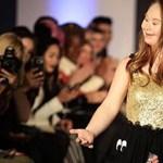 Saját márkát indított egy Down-szindrómás divatmodell