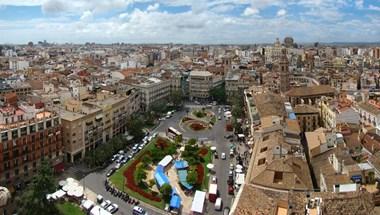 Két hétre bezárják a vendéglátóhelyeket Valenciában