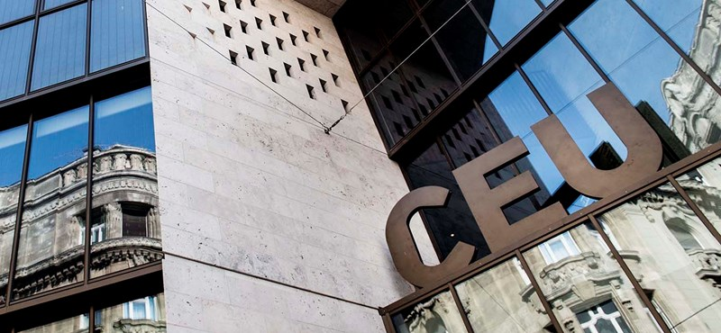 Az amerikai nagykövet szerint a CEU még hosszú ideig működni fog