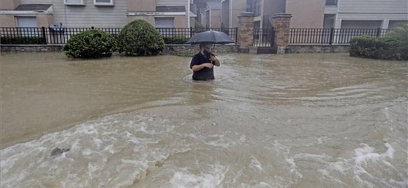 Víz alatt az USA negyedik legnagyobb városa