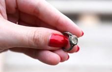 17. századi gyűrűt és Erzsébet királynéhoz köthető domborművet találtak régészek Budapesten