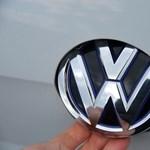 Majdnem félmillió autót hív vissza a Volkswagen biztonságiöv-hiba miatt