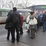 BKV és MÁV-változások a hétvégi óraátállítás miatt