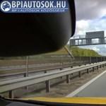 A leállósávból előzött egy autó az M0-áson, egy hajszálon múlt a tragédia - videó