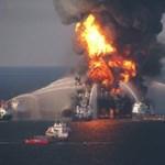 Közeledik az USA partjaihoz az óriási olajfolt