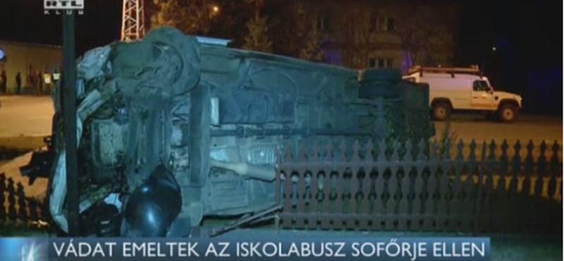 Évekre lecsukhatják a Pusztaszeren csattanó román busz sofőrjét