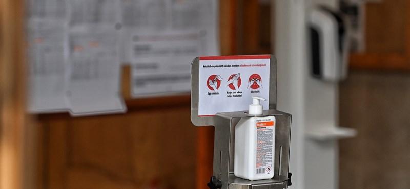 Népszava: 65-70 iskolában van jelenleg valamilyen járványügyi intézkedés