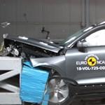 Videó: Így törik a legújabb BMW, Ford és Volvo
