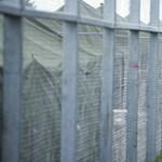 Újra megteltek az itthoni menekülttáborok, Röszkénél is helyzet van