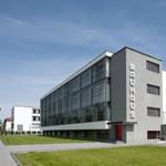 Bauhaus-könyvtár lesz egy NDK-s áruházból