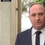 Szexbotrányba bukott bele a családi értékekről papoló ausztrál politikus