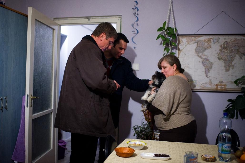 2012.01.24. - Gyurrcsány Ferenc és Molnár Csaba az Avas lakótelepen - évképei