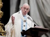 A pápa támogatja ENSZ migrációs csomagját