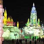 Fotók: fényáradat és fesztivál a kínai jégvárosban