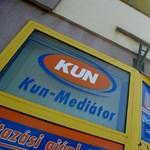 Blikk: Árverezik a vagyont a kun-mediátoros Marcsika lányai