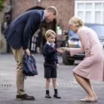 Áll a bál György herceg iskolájában, valaki be akart törni az épületbe