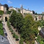 Luxemburg a teljes lakosságát leteszteli