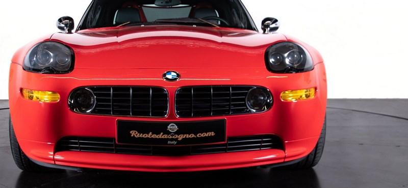 17 éves, de csak 16 ezer kilométert futott BMW Z8 várja új gazdáját