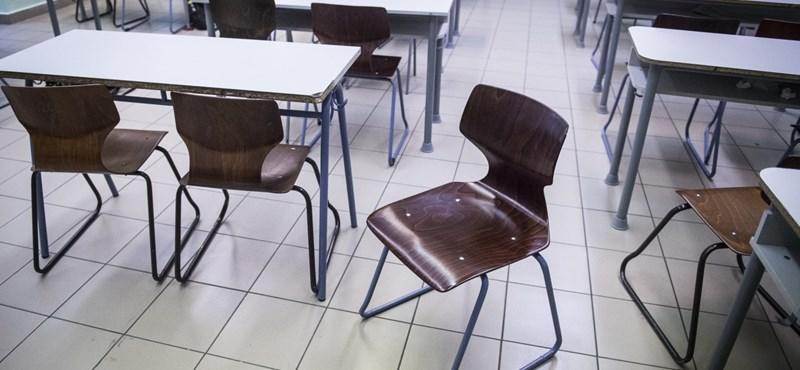 Kellemetlen meglepetés érheti a tanárokat szeptemberben: nem mindenkinek emelkedik a bére