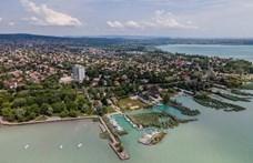 És akkor az alga mellett közpénz úszik a Balatonban