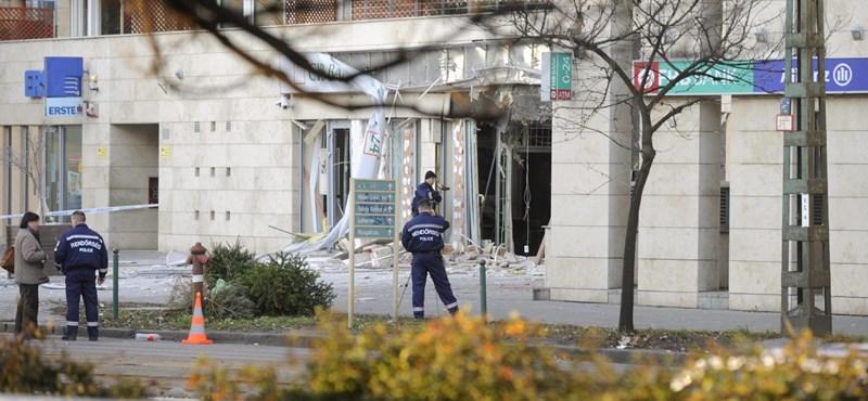 Bankrobbantás: több szálat vizsgálnak, tart a helyszíni szemle