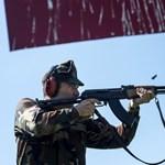 Novák Előd fegyvere, a minisztérium aggodalma és a péniszpótlék