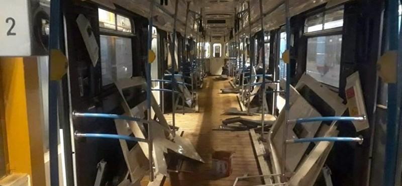 Vágó Istvánék megnézték a rozsdás metrókocsikat, szívszorító látványról számolt be
